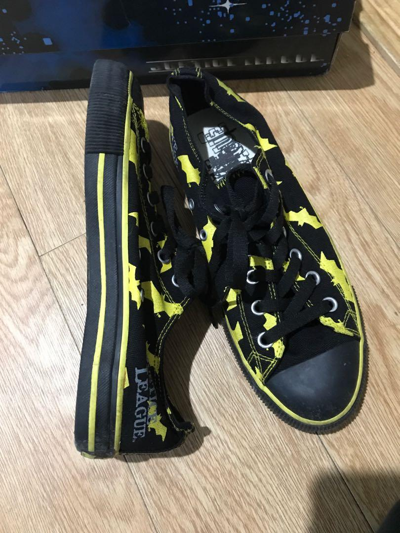 Batman justice league canvas shoes with yellow bats