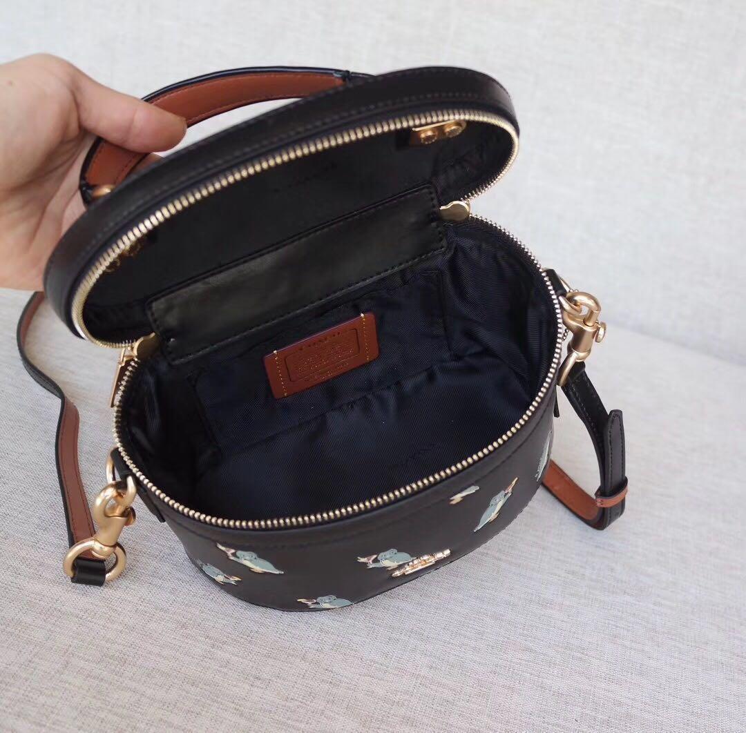 Coach Black Trail Bag 水桶包