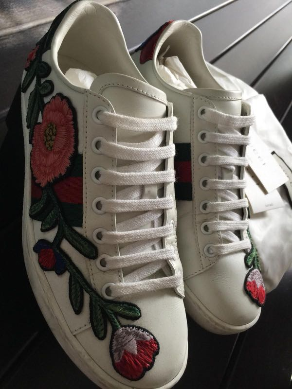 cb9564457 GUCCI Ace Sneakers, Women's Fashion, Shoes, Sneakers on Carousell