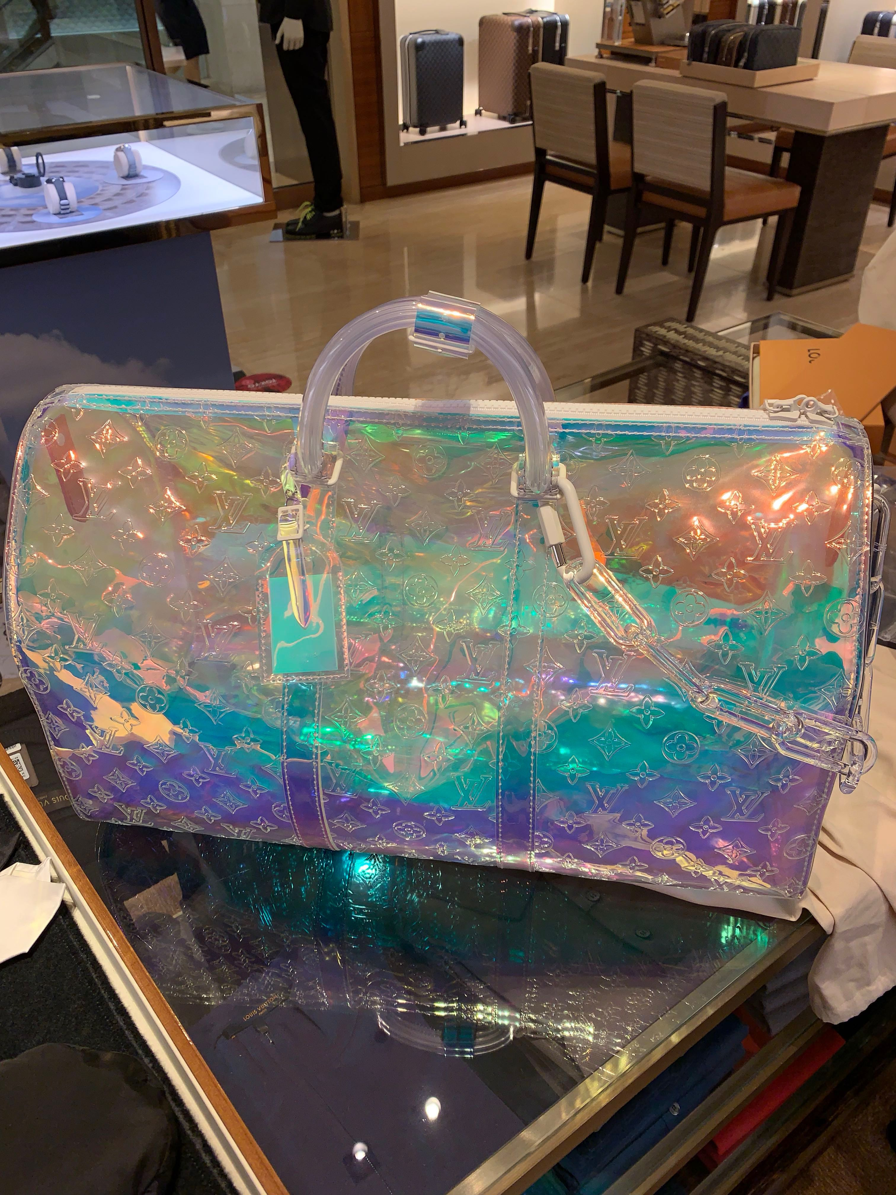 d2f408e01e54 Louis Vuitton ss19 Virgil Abloh Prism Keepal Bag b50