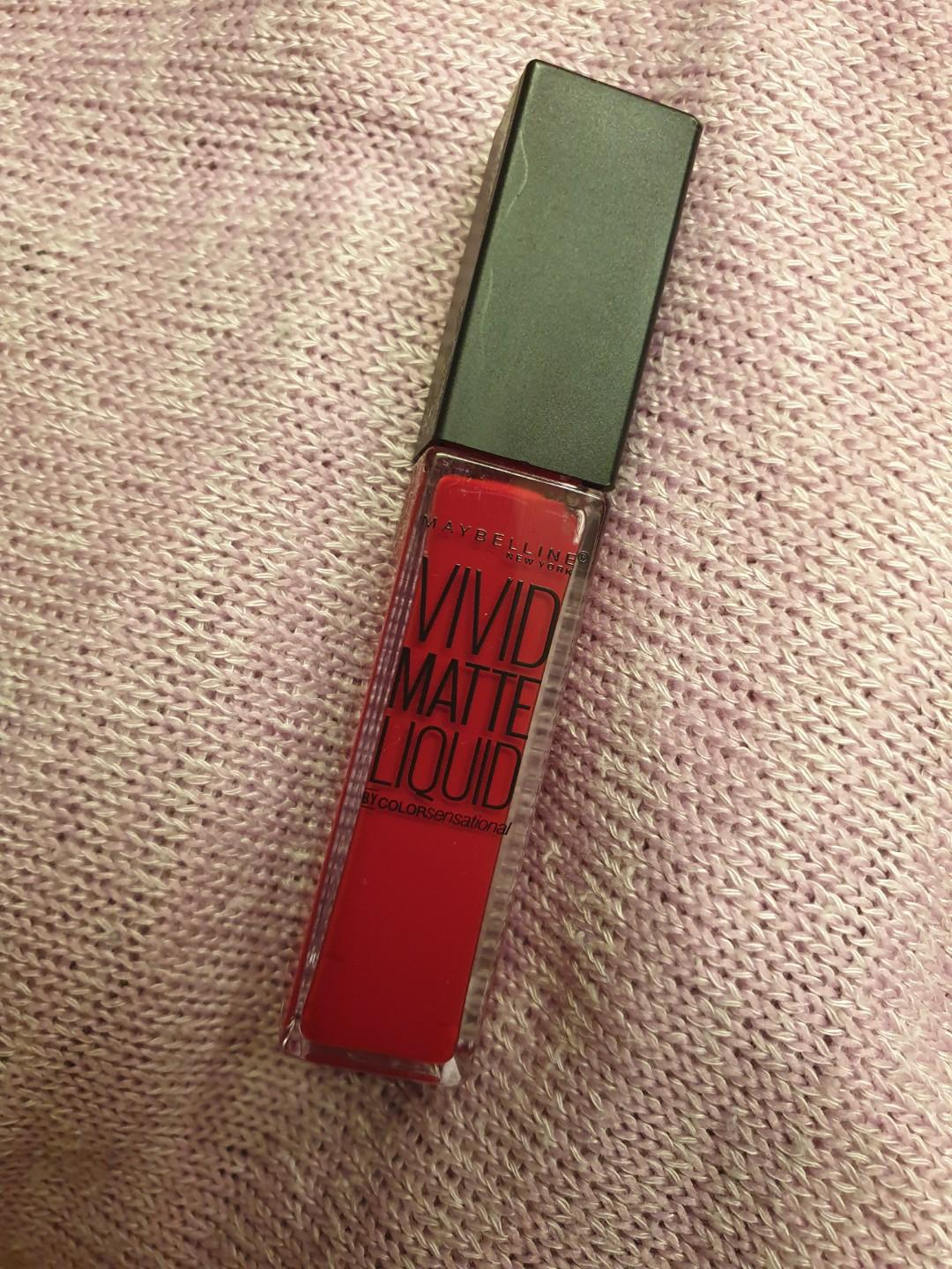 Maybelline Vivid Matte Liquid in Rebel Red