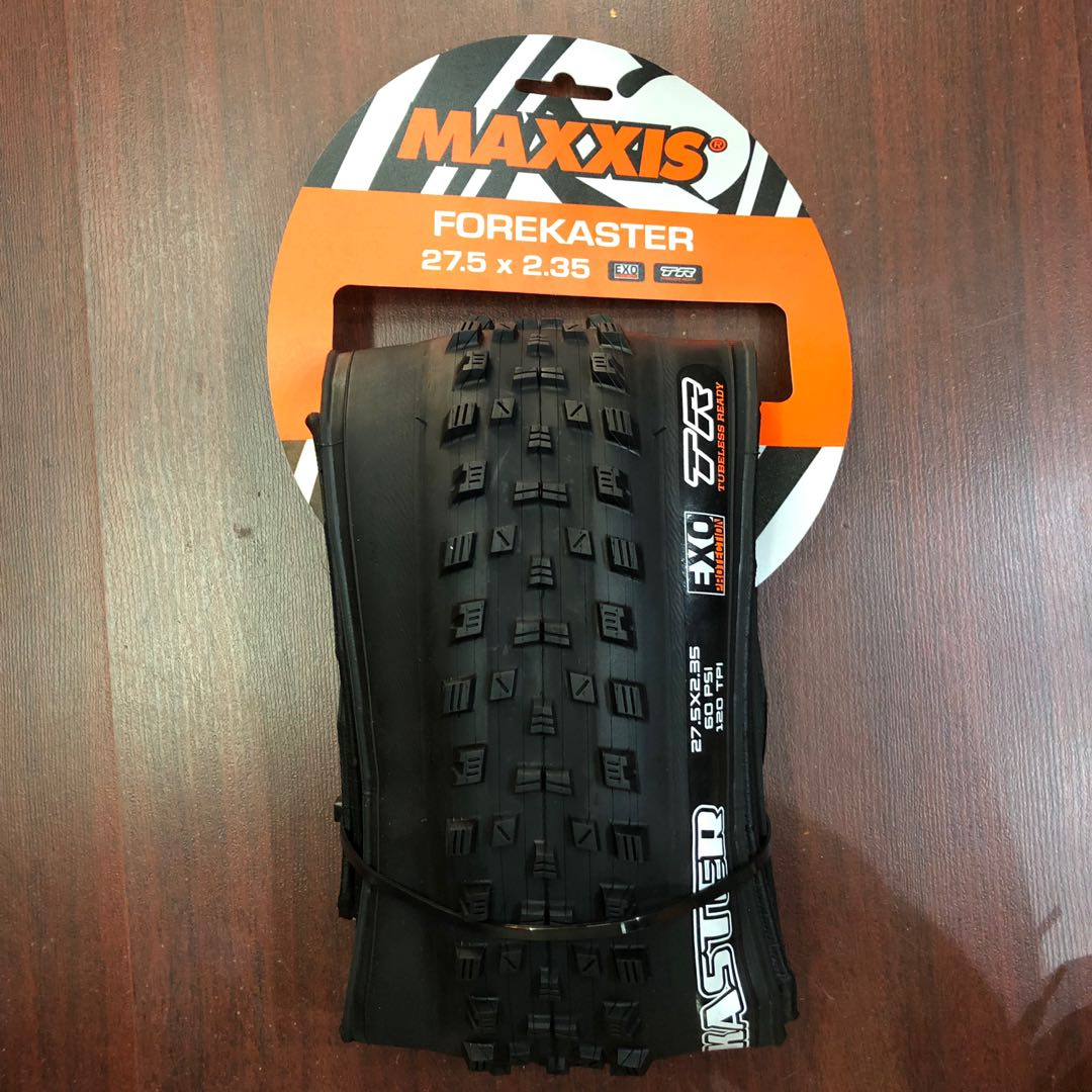"Maxxis Forekaster 27.5x2.35/"" Tire 120tpi EXO Tubeless Dual Compound"