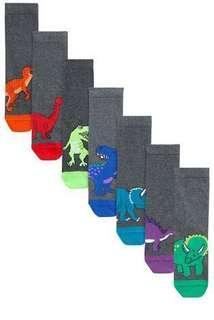 🚚 灰色恐龍襪子七雙組