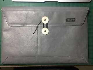 """Freitag Macbook Air 11"""" Case"""