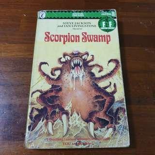🚚 Fighting Fantasy Book 8 Scorpion Swamp - Steve Jackson & Ian Livingstone