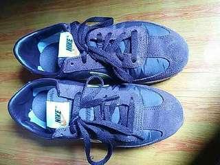 Nike match runner