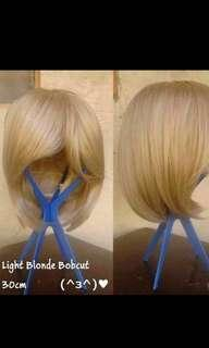 Light blonde bob wig