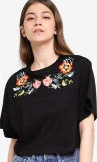Embroidery Crop Top