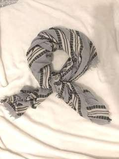 WILFRED ARITZIA blanket scarf stripped