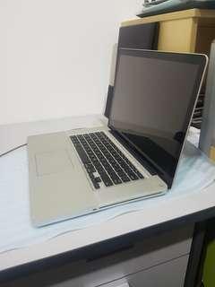 "15"" i7 Macbook Pro"