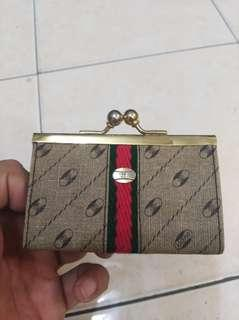 Vintage Authentic Gucci coin bag