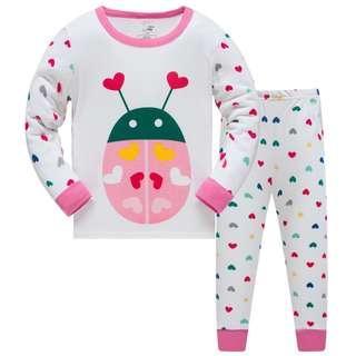 🚚 KOR146  Toddler Kids Pajamas PJs Sleepwear - Love Bug