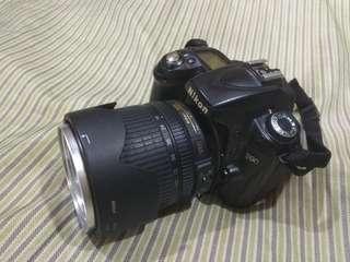 Nikon D90 with 18-105 mm len.