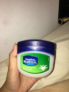 Vaseline Petroleum Jelly - Blue Seal Aloe Fresh 250ml