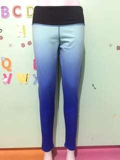 Lululemon leggings size 6 & 8
