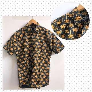Hawaiian Shirt Kemeja Pantai Casual Cowok Slim Fit