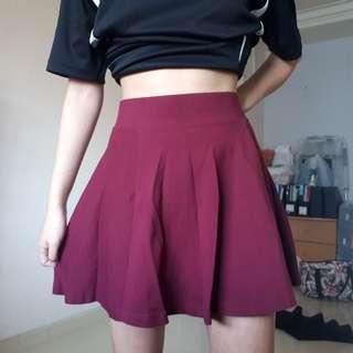 🚚 H&M wine red skater skirt