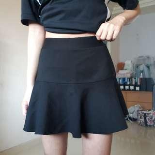 🚚 Black Mermaid Skirt