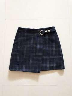 🚚 Navy blue plaid overlap skirt