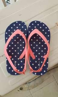 Preloved AUTHENTIC OLD NAVY Flipflops for Toddlers