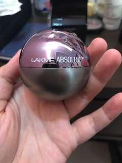 Lakme Absolute Skin Natural Mousse Mattreal Foundation Matte Mousse