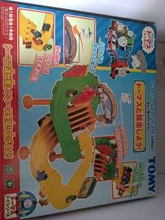 全新tomy路軌玩具