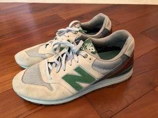New balance shoes; us 9.5