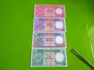 世間难求80年代滙豐舊紙幣4張只買298蚊。