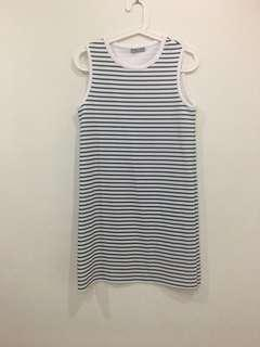 🚚 BN Zara striped dress