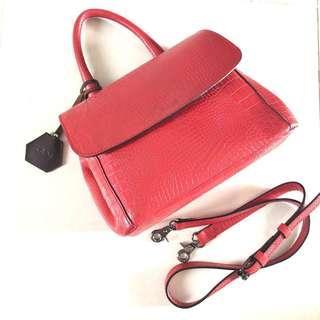 KAYNN small sola sling leather bag