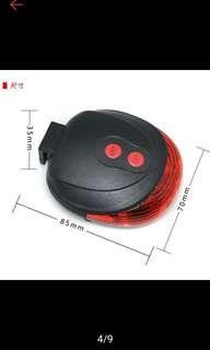 全新 超亮雙紅外線安全警示 + 激光安全尾燈 + 5LED 7段變化 + 附贈電池🔋