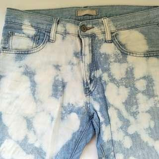 Uniqlo Bleached Cropped Jeans