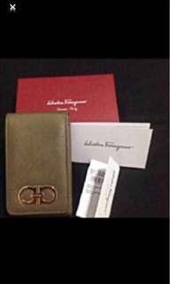 🚚 Salvatore Ferragamo card holder n other usage