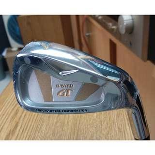 全新 S-Yard Golf 7號高爾夫球鐵桿