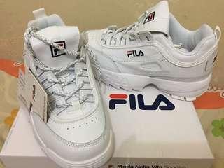 Sepatu fila (Made in Vietnam)