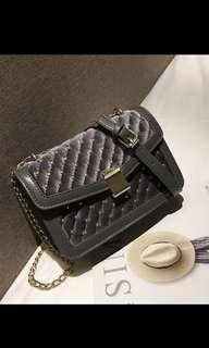 🚚 instock gold studded grey sling bag