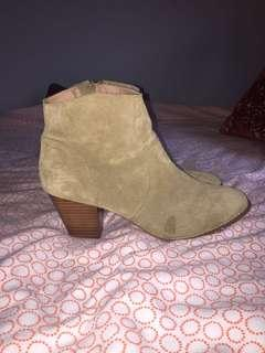 Urban Outfitters Boots Size 10