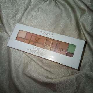 O.TWO.O 12 CAMOUFLAGE CREAM PALETTE