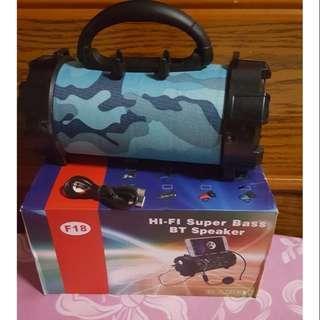 🚚 HI-FI SUPER BASS BT SPEAKER F18迷彩手提音響手電筒