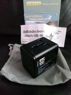 旅行萬用插座 travel Adapter with USB charger