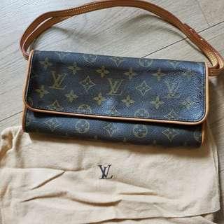 🧡LV Clutches/handbag/Slingbag in Monogram Canvas (Code: SL13)