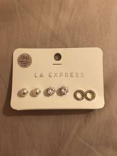 New earring set