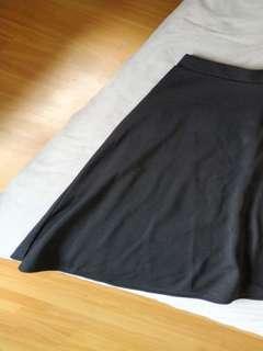 Boohoo black midi circle skirt, size UK10