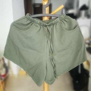 🚚 Army Green Casual Shorts