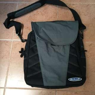 Scholl laptop bag