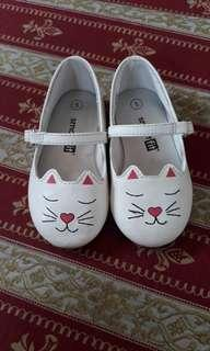 white shoes for baby girl - kitty shoes for girls - toddler shoes
