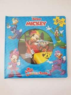 🚚 Disney Mickey Puzzle Book