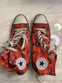🚚 ☆Superme本舖☆CONVERSE ALL STAR  高筒 草莓圖樣 帆布鞋 7號半