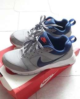 Nike AirMax Vision (Authentic)