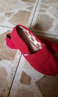 Toms Red (size: 8.5M/26.5cm)